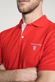 Klassisches Herren Poloshirt in Rot – Weiß Brust