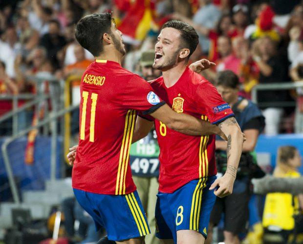 Saul Niguez und Marco Asensio bejubeln das 1:0 gegen Italien im Halbfinale der U21-EM 2017.